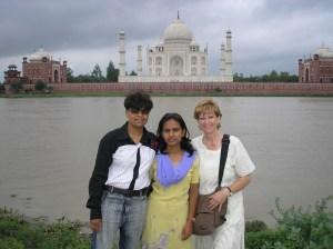 The Taj Mahal with the girls